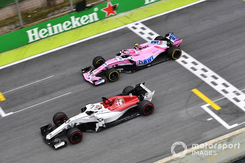 Маркус Ерікссон, Sauber C37, Естебан Окон, Racing Point Force India VJM11