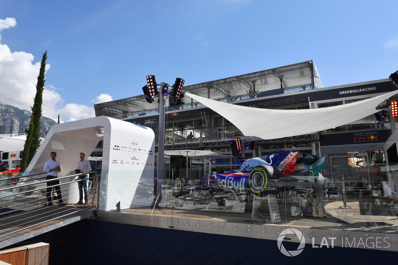 Red Bull Racing Energy Station