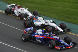 Pierre Gasly, Scuderia Toro Rosso STR13, Sergey Sirotkin, Williams FW41 and Charles Leclerc, Sauber C37