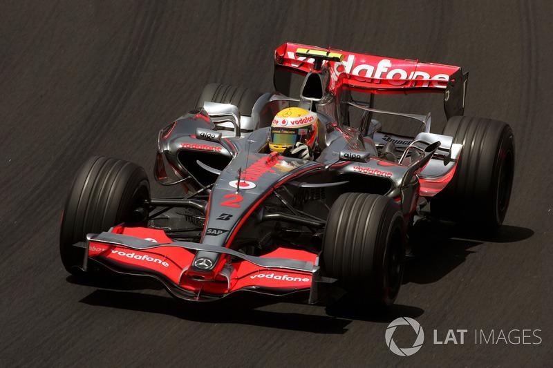 2007. McLaren MP4-22 Mercedes