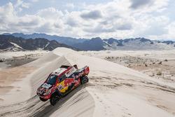 #301 Toyota Gazoo Racing: Нассер Аль-Аттія, Маттьйо Бомель