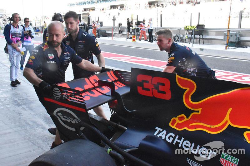 Max Verstappen, Red Bull Racing RB13 arka bölüm detay