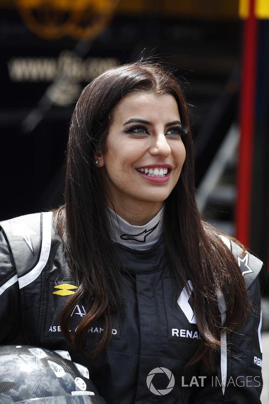 Aseel Al-Hamad, miembra de la federación automovilística de Arabia Saudi y representante FIA de Arabia Saudi en la Comisión de Mujeres en el Motorsport