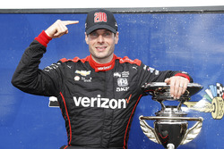 Race winner Will Power, Team Penske Chevrolet with 200th victory hat