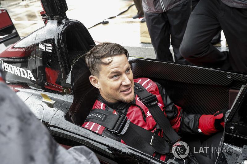 Channing Tatum se prépare à rouler dans la biplace