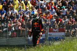 Race retiree Daniel Ricciardo, Red Bull Racing