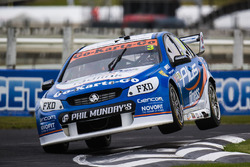 Alex Davison, Lucas Dumbrell Motorsport Holden