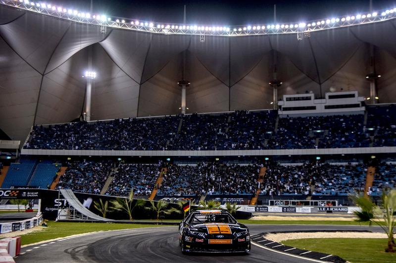 Rene Rast in actie met de Whelen NASCAR