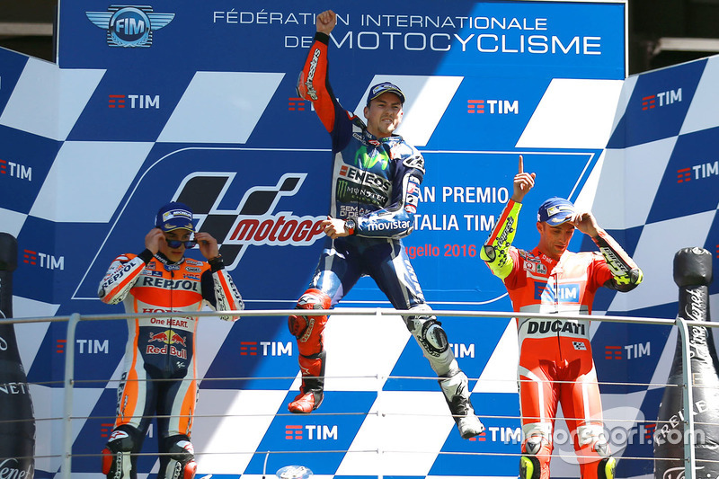 podio: primer lugar Jorge Lorenzo, Yamaha Factory Racing, segundo lugar Marc Márquez, Repsol Honda Team, tecer lugar Andrea Iannone, Ducati Team