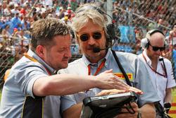 Пол Хембри, спортивный директор Pirelli