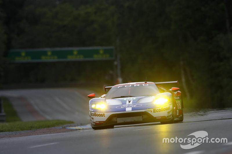 #68 Ford Chip Ganassi Racing Ford GT: Джоі Хенд, Дірк Мюллер, Себастьян Бурде