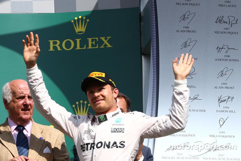 Podium: Race winner place Nico Rosberg, Mercedes AMG Petronas F1 W07