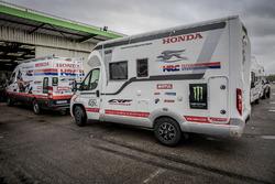Vehículos de apoyo del Monster Energy Honda Team