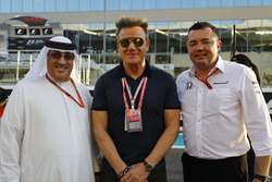 Sheikh Mohammed bin Essa Al Khalifa, Gordon Ramsay and Eric Boullier, Racing Director, McLaren