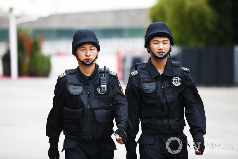 A pair of Chinese policemen
