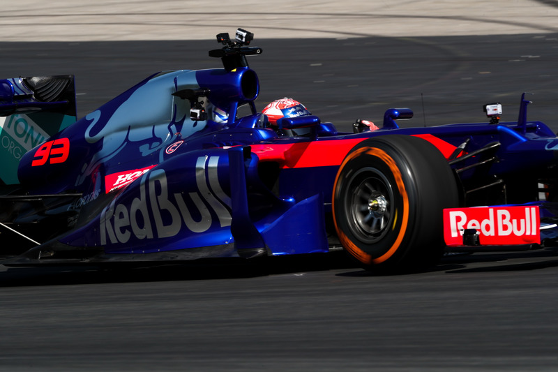 f1-marc-marquez-toro-rosso-run-2018-marc