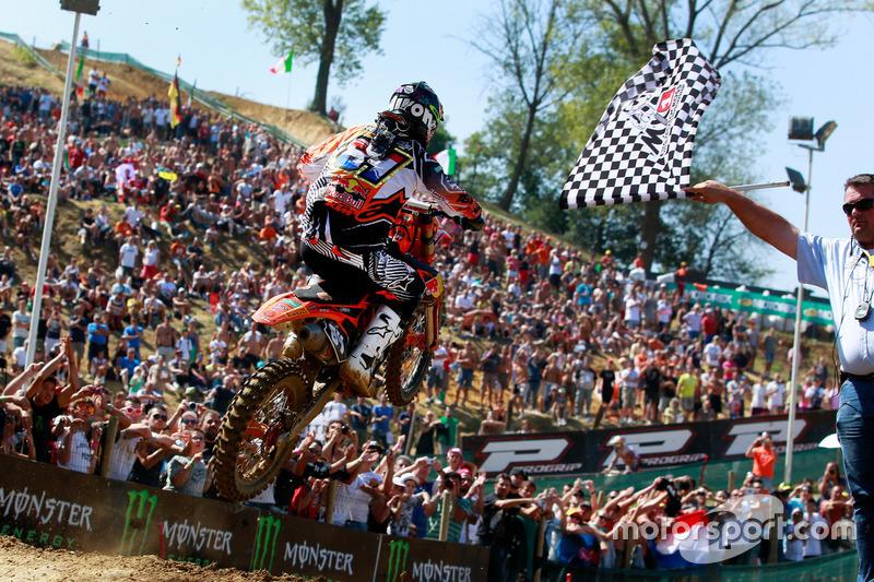 16 en eerste wereldtitel - Faenza, 2011