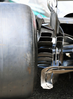 Mercedes-AMG F1 W09 detalle del conducto de freno trasero