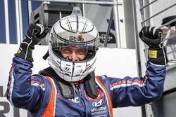 Race winner Gabriele Tarquini, BRC Racing Team Hyundai i30 N TCR