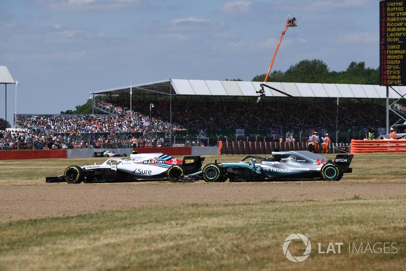 Sergey Sirotkin, Williams FW41 ve Lewis Hamilton, Mercedes-AMG F1 W09