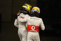 Race winner Nico Rosberg, Mercedes AMG F1 W03 and third placed Lewis Hamilton, McLaren celebrates in parc ferme