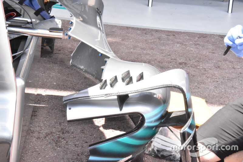 Mercedes-AMG F1 W09 side pods