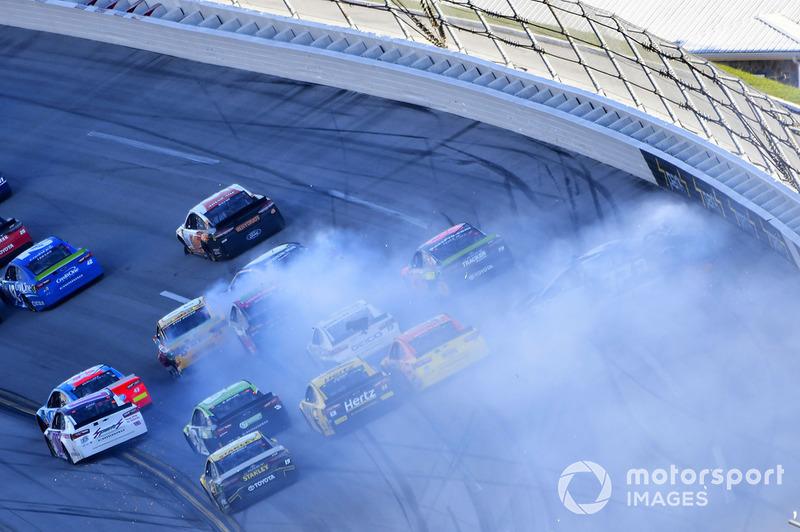 Last lap wreck