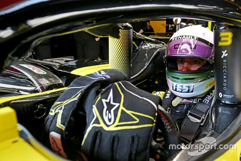 Helm von Daniel Ricciardo