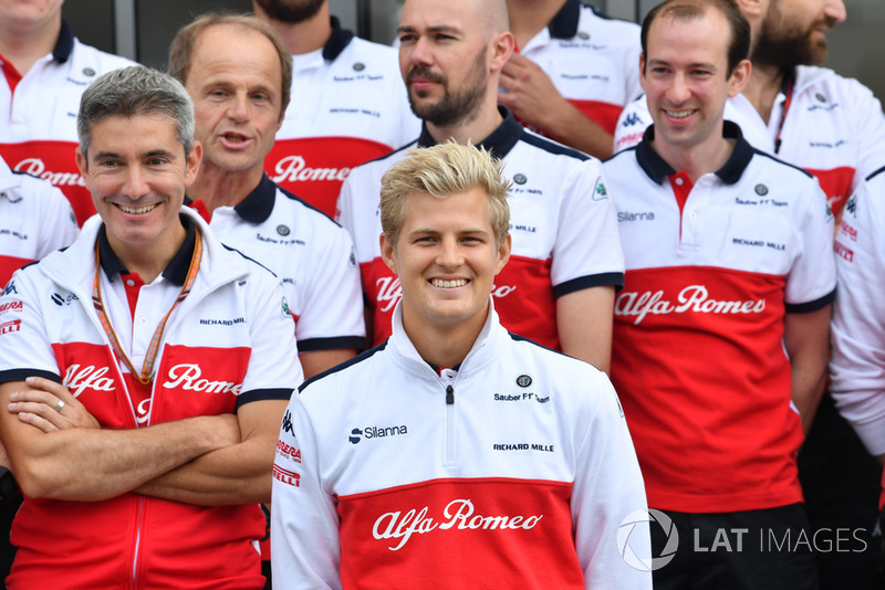 Sauber birthday celebrations for Marcus Ericsson, Sauber