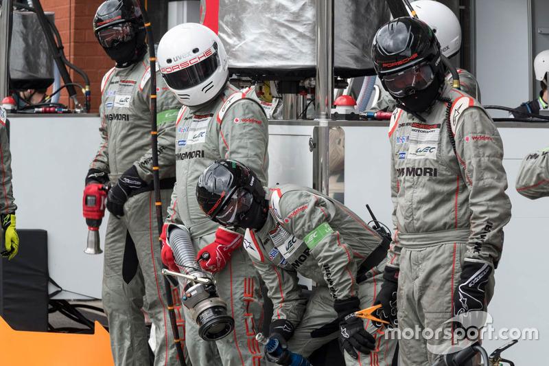 Porsche Team crew members