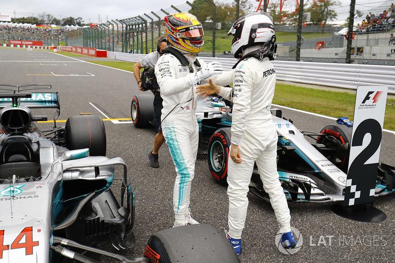 Pole para Lewis Hamilton, Mercedes AMG F1, segundo, Valtteri Bottas, Mercedes AMG F1