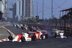 Мика Хаккинен, Эдди Ирвайн и Михаэль Шумахер на старте гонки
