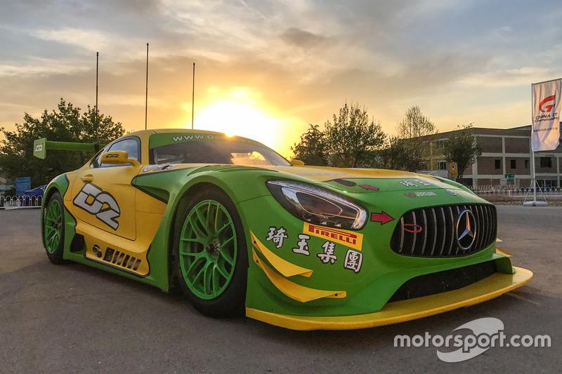D2 Mercedes-Benz AMG GT3