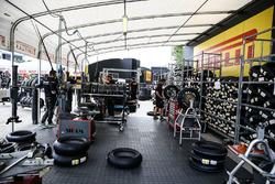 Шинные боксы Pirelli