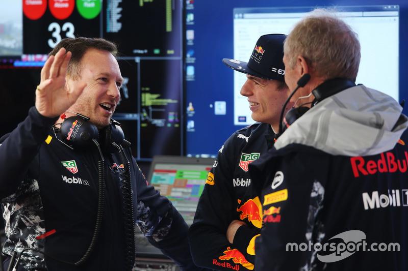 Director del equipo Christian Horner, Red Bull Racing, Max Verstappen, Red Bull Racing y Helmut Mark