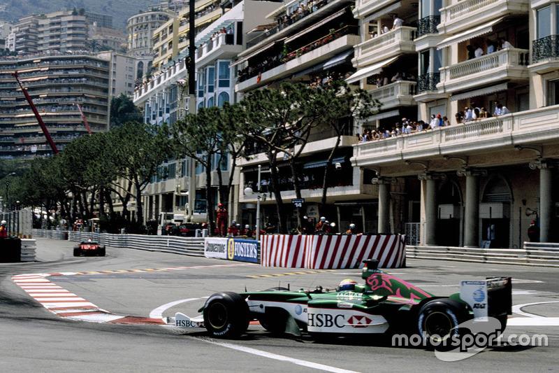 ... Jaguar in Monte Carlo 2004 mit Pink-Anteilen