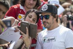Fernando Alonso, McLaren poses for a selfie photo, the fans