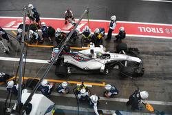 Felipe Massa, Williams FW40 pit stop