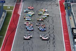 Départ : #1 Porsche Team Porsche 919 Hybrid: Neel Jani, Andre Lotterer, Nick Tandy en tête