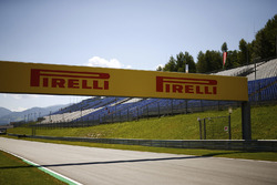 Cartello Pirelli