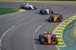 Fernando Alonso, McLaren MCL32; Nico Hülkenberg, Renault Sport F1 Team RS17; Esteban Ocon, Force India VJM10