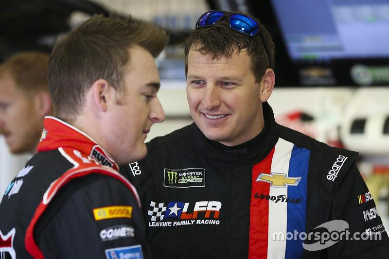 Michael McDowell, Leavine Family Racing, Chevrolet; Ty Dillon, Germain Racing, Chevrolet