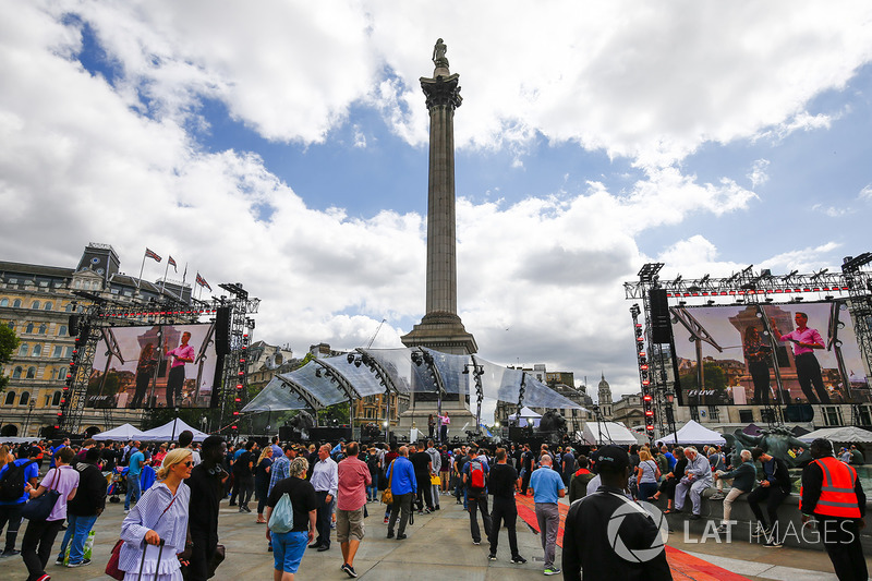 Fans gather for the entertainment around Nelsons Column
