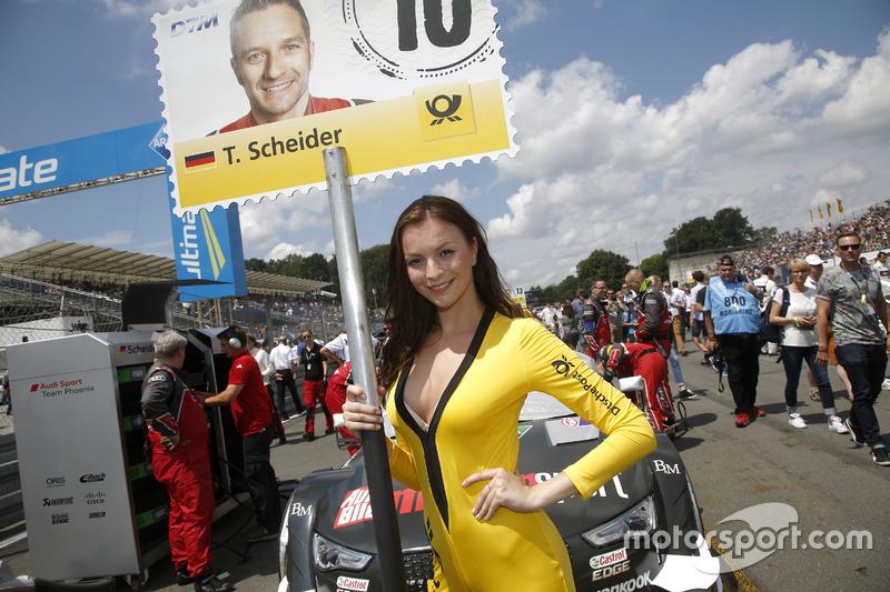 La grid girl di Timo Scheider, Audi Sport Team Phoenix, Audi RS 5 DTM
