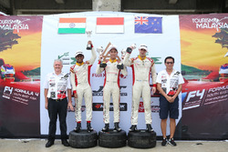 Presley Martono, Akash Gowda, Faine Kahia, podium Race 4, Clark International Speedway, Filipina