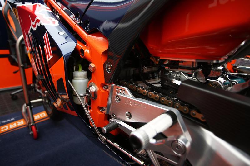 KTM RC16, dettaglio della moto