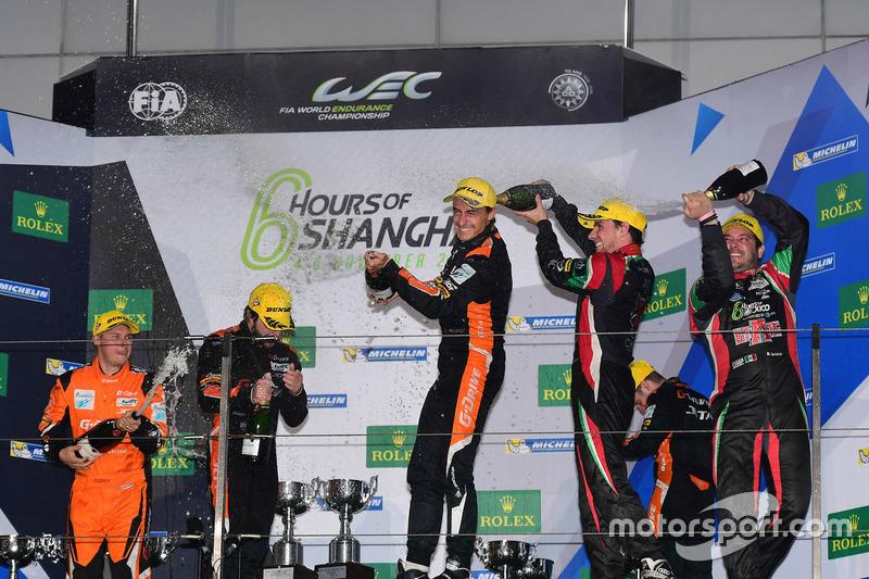Podium LMP2: 1. #26 G-Drive Racing, Oreca 05 Nissan: Roman Rusinov, Alex Brundle, Will Stevens; 2. #
