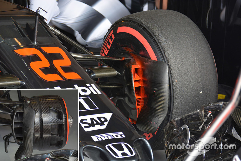 McLaren MP4-31 brake duct detail