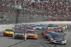 Start: Kevin Harvick, Stewart-Haas Racing Ford, en Ryan Newman, Richard Childress Racing Chevrolet