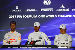 Press conference: race winner Lewis Hamilton, Mercedes AMG F1, second place Daniel Ricciardo, Red Bull Racing, third place Valtteri Bottas, Mercedes AMG F1